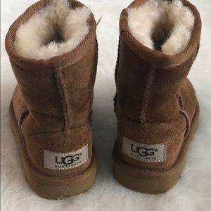 Toddler classic UGG